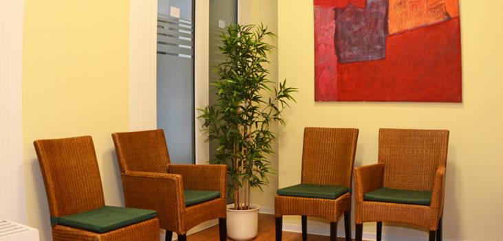 Zahnarztpraxis Wussogk Wartebereich